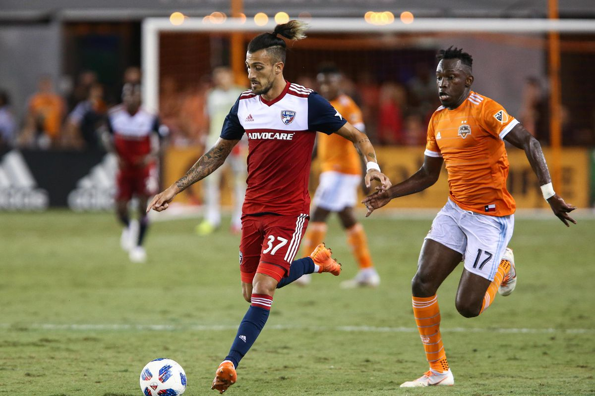 Elis of the Dynamo looks to make a play on the ball against FC Dallas.